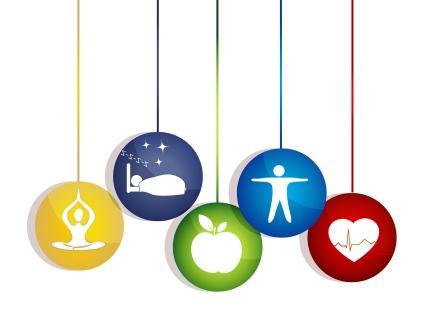 Meditácia dobrý spánok zdravé jedlo a fitnes vedie k zdravému srdcu a životu. Spôsoby udržania zdravého srdca.