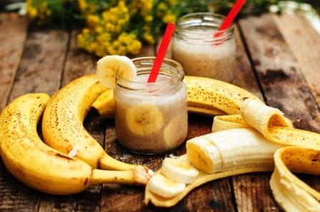 bananovy smoothie s ovsenymi vlockami