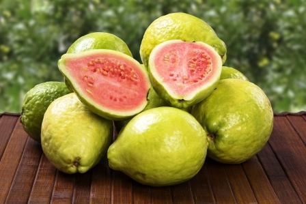 barzílska guava - guave ovocie