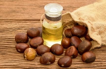 gastanovy olej a gastany na stole