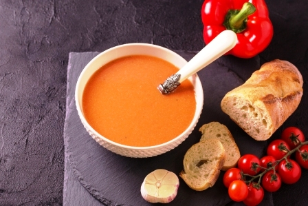 lečo z papriky a paradajok