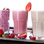 4 proteínové smoothies – mlieko, jogurt, tvaroh