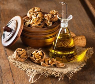 olej z vlasskych orechov